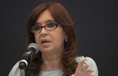 Tanto Kirchner como su hijo cuentan con fueros parlamentarios.