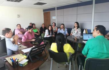 Reunión entre gerentes de hospitales y Electricaribe.