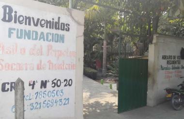 Entrada principal del asilo Perpetuo Socorro.