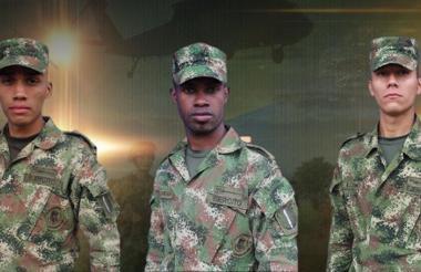 Iván Luna Loaiza, José Mosquera Hurtado y Jesús Lozano Ortiz, soldados fallecidos.