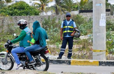 La instrucción de los agentes de tránsito será inmovilizar a las motos.