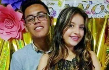 Daniela Tula y Daniel Ulloa, de 15 y 16 años.