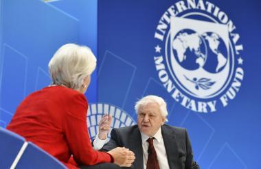 """Malpass  advirtió que la """"historia está llena de este tipo de situaciones en las que mucha deuda lastra las economías""""."""