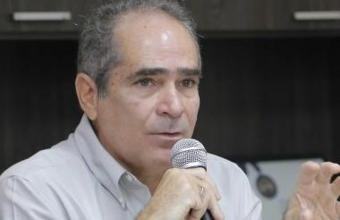 Francisco Posada Carbó.