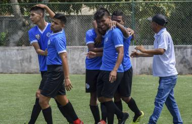 Celebración del segundo gol de Fusión ante Unión Delta de Galapa.