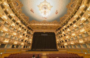 La Fenice de Venecia inagurado en  1792.