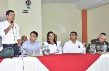El secretario de Gobierno de Sucre durante el consejo de seguridad regional del San Jorge.
