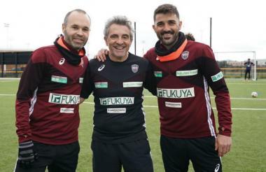 Iniesta, Lillo y Villa en el entrenamiento de Vissel Kobe