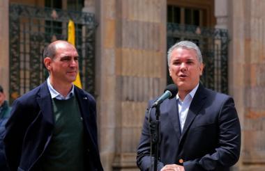 Jorge Mario Eastman e Iván Duque.