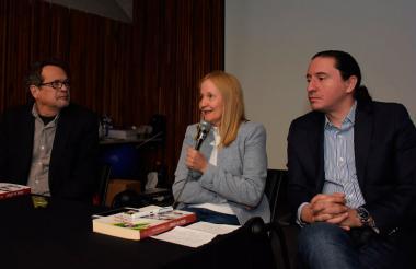 Marco Schwartz, Alba Pérez del Río y Thierry Ways.