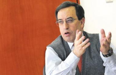 José Elías Melo.