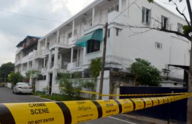 vista general de la casa donde ocurrió una redada lanzada por las fuerzas de seguridad de Sri Lanka en Colombo.