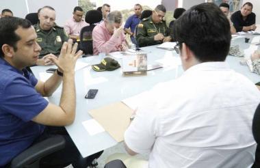Jacobo Quessep, alcalde, lideró el consejo de seguridad.