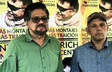 Alias Iván Márquez y el Paisa.