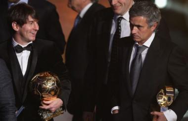 Messi junto a Mourinho.
