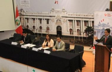 Sesión del Congreso de Perú.