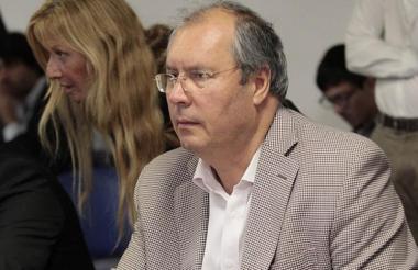 Héctor Oliveros, asesinado.