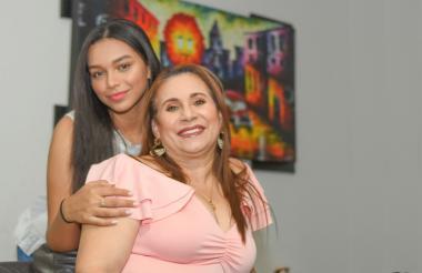 Esperanza Florez y Zulma Figueroa.