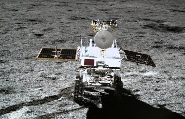 Imagen de la sonda lunar Chang'e-4 en el lado opuesto de la Luna.