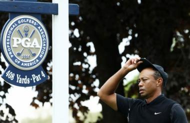 Tiger Woods se quedó afuera en el PGA Championship, con cinco golpes por encima del par.