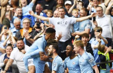 Los jugadores del Manchester City celebrando uno de los tantos de la cómoda victoria frente al Watdford.