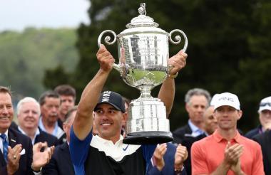 Brooks Koepka gana el Campeonato de la PGA