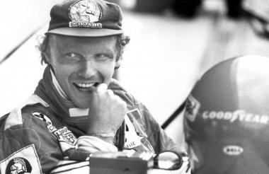 El mítico Niki Lauda en sus días como piloto de Fórmula Uno, en el circuito de Hockenheim, en Alemania.