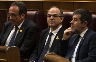 Tres de los cinco separatistas durante la sesión.