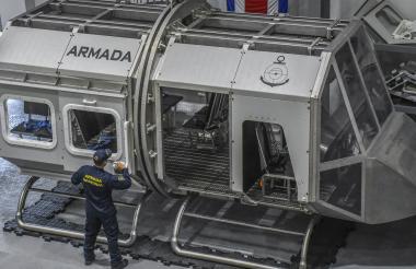 Cabina aeromarítima del centro de operaciones de rescate 'offshore'.