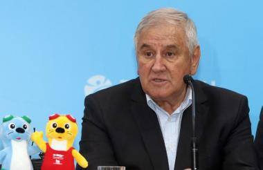 El director ejecutivo de la FINA, Cornel Marculescu