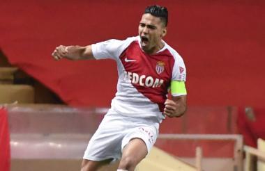 Falcao celebra un gol.
