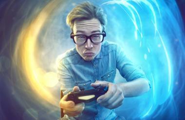 Los 'gamers' se alistan con sus consolas y computadores para adentrarse en los lanzamientos de este mes.