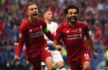 Salah celebrando su gol con el Liverpool.