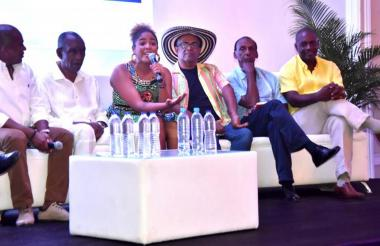 En el evento participaron personalidades de la comunidad afro en Colombia.