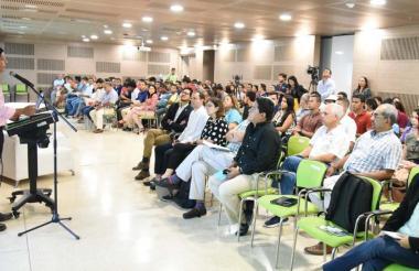 El rector de la Universidad del Magdalena, Pablo Vera abrió el espacio de diálogo y presentación de los resultados de la encuesta de percepcion ciudadana 2018.