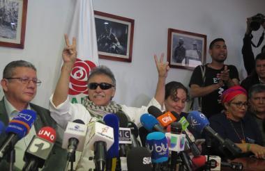 'Santrich' en su primera rueda de prensa en libertad.