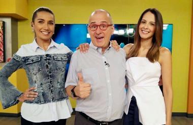 Jota Mario con Adriana Betancourt y Laura Acuña en el programa 'Muy Buenos Días'