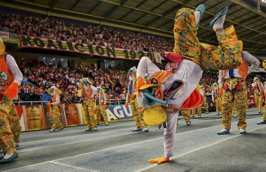 Así fue la muestra folclórica que se vio anoche en el estadio Metropolitano previo al partido entre Junior y Deportivo Pasto.