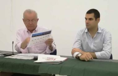 El presidente del Comité Intergremial, Ricardo Plata, y el presidente de la junta, Efaín Cepeda.