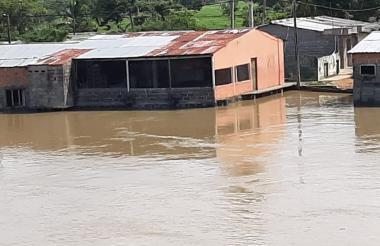 Así permanecen varias poblaciones afectadas por las inundaciones en Córdoba.