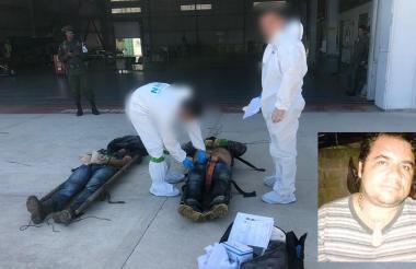 La sijín realiza la inspección de los cadáveres en la base de Anntinarcóticos.