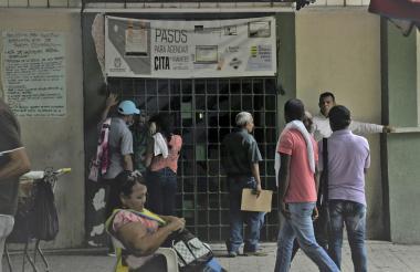 Fachada de la sede de la Registraduría Nacional ubicada en el centro de Barranquilla.
