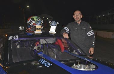 El piloto bogotano Esnéider Cárdenas logró el título.