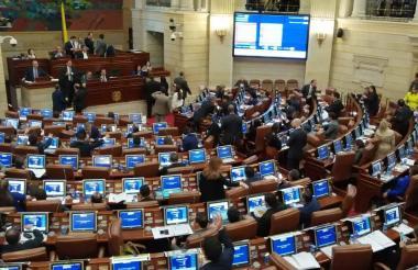 Aspecto de una sesión en el Congreso de la República, el cual entra mañana en un receso por un mes.