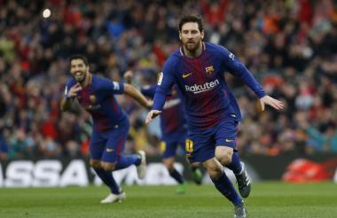 Luis Suárez y Lionel Messi, dos de las estrellas del Barcelona de España.