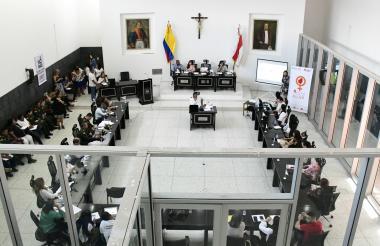Vista panorámica de una sesión de la Asamblea del Atlántico.