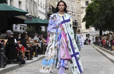La colección busca romper estereotipos en la moda masculina.