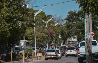 De acuerdo con Alumbrado Público, las luminarias fueron instaladas recientemente.