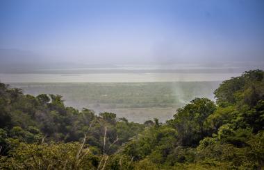 Panorámica de un sector de Bijibana, ubicada en el municipio de Repelón. A lo lejos se logra observar el Embalse del Guájaro.