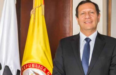 Luis Guillermo Pérez, magistrado del CNE.